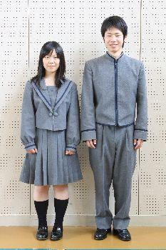 西山学院高等学校制服画像